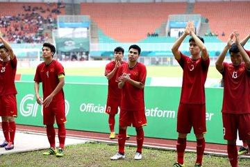 """BLV Quang Tùng: U23 UAE toan tính đưa U23 Việt Nam vào loạt """"đấu súng"""""""
