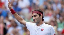 """Đánh bại """"gã trai hư"""", Federer vào vòng 4 Us Open"""