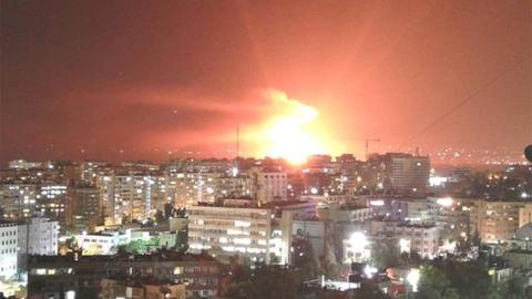 Căn cứ không quân Syria bị tấn công