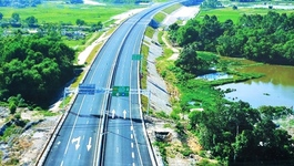 Thông tuyến cao tốc nghìn tỷ: Đà Nẵng đi Quảng Ngãi chỉ hơn tiếng