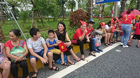hàng xóm nhà Quang Hải