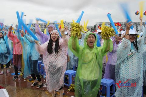 Quảng Ninh cổ vũ tân vô địch Olympia 2018