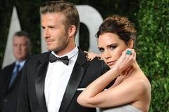 Victoria Beckham phải cam đoan với các con chồng không ngoại tình