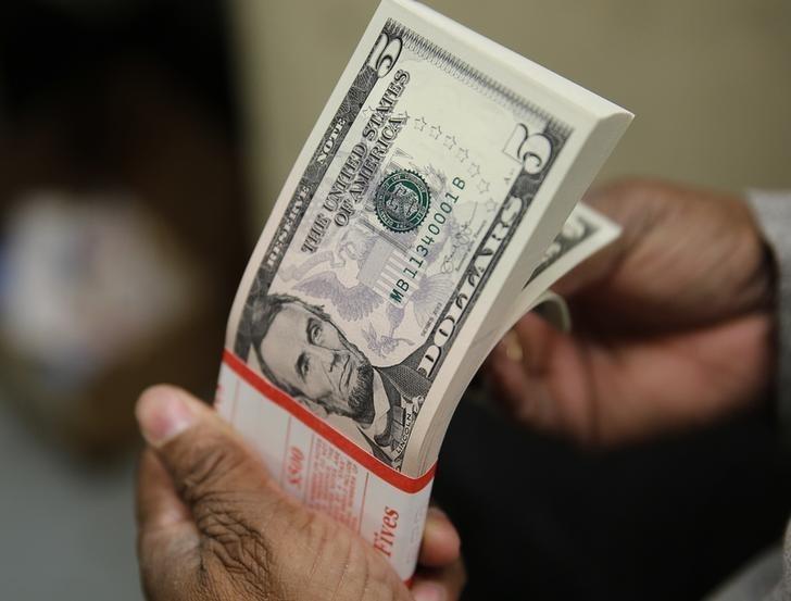 Tỷ giá ngoại tệ ngày 10/9: USD giảm, bảng Anh tăng giá