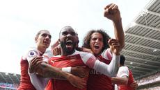 Arsenal hạ Cardiff sau màn rượt đuổi siêu hấp dẫn