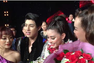 Thầy trò Noo Phước Thịnh khóc rất nhiều vì mệt mỏi, chán nản ở The Voice