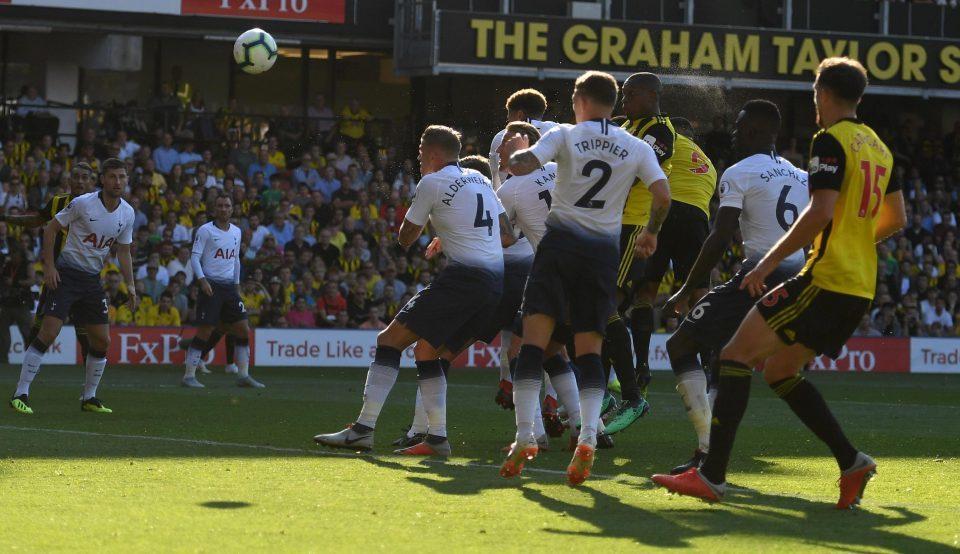 'Hiện tượng' Watford lội ngược dòng đánh bại Tottenham