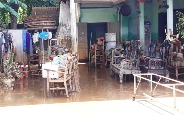 Nhà ngập cả mét bùn, 13 người Thanh Hóa chết, mất tích sau lũ