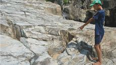 Thực hư bản đồ kho báu ở Hòn đá Chữ