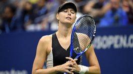 """""""Búp bê"""" Sharapova bất ngờ bị loại ở vòng 4 US Open"""