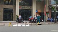 Người nước ngoài tử vong trước khách sạn trung tâm Sài Gòn