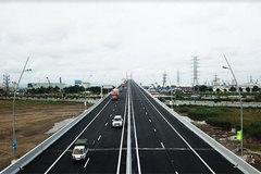 Thông xe cao tốc nghìn tỷ, khách nườm nượp đổ về Hạ Long