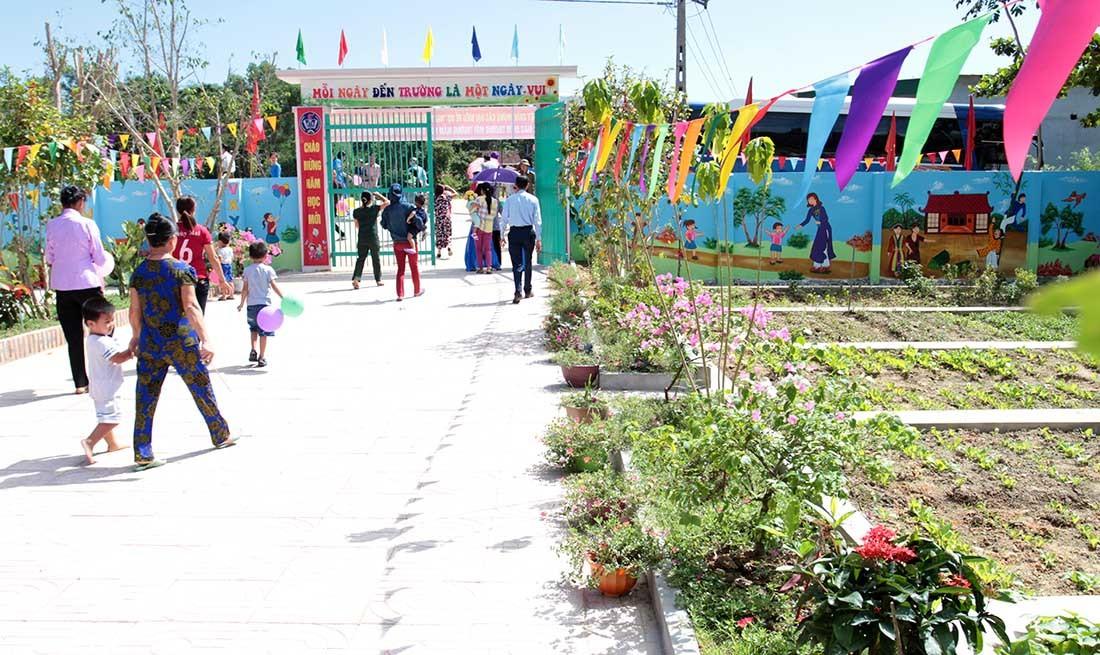 Delta rộn ràng khánh thành trường mầm non ở Nghệ An