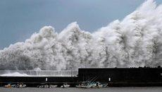 Nhật tiếp tục oằn mình chống sự hủy diệt của bão Jebi