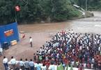 Học sinh Lai Châu khai giảng bên bờ suối