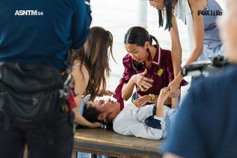 Mẫu Việt ngất xỉu sau thử thách trong tập mới nhất của Asia's Next Top Model
