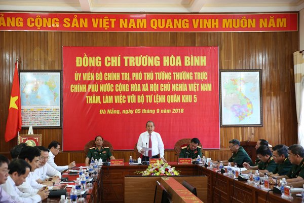 Phó Thủ tướng,Trương Hòa Bình,Quân khu 5