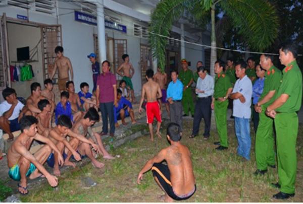 Hơn 100 học viên gây rối, trốn khỏi trung tâm cai nghiện ở miền Tây