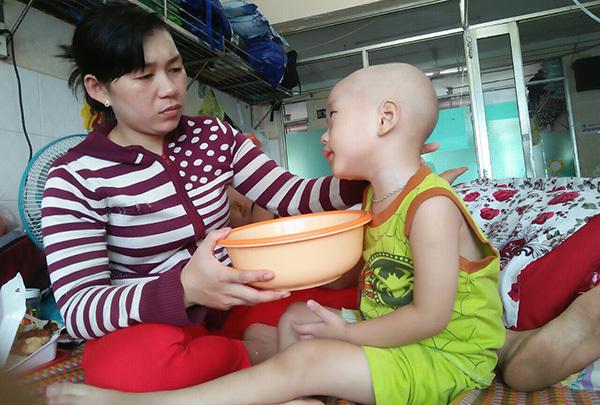 ung thư,ung thư máu,hoàn cảnh khó khăn,bệnh hiểm nghèo,từ thiện vietnamnet