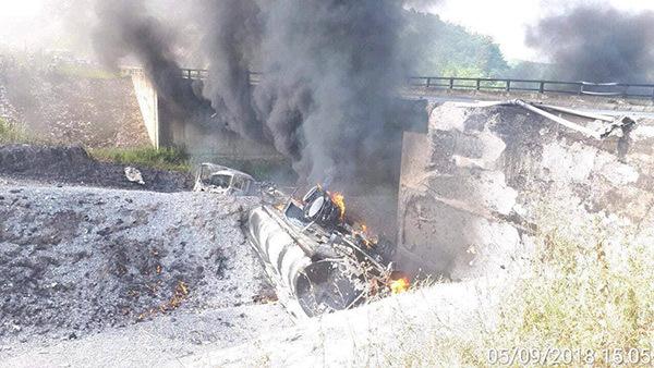 Xe tải nổ như bom, cao tốc dài nhất Việt Nam 'đứt' ở Yên Bái