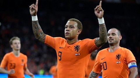 Hà Lan 2-1 Peru