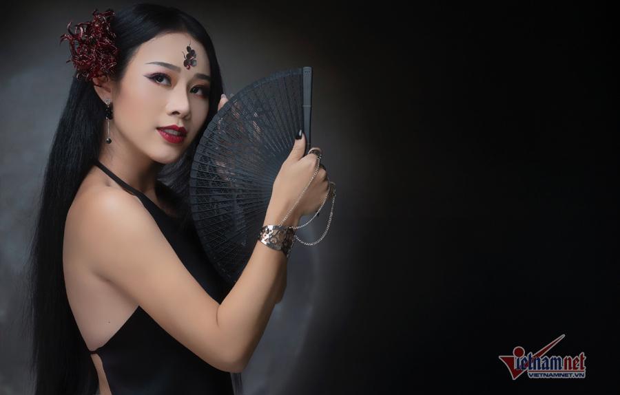 Hoa Trần khoe lưng trần trong MV cover nhạc phim 'Diên Hy Cung Lược'