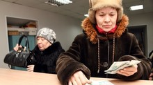 Nga chỉnh tuổi hưu: Đau tức thời nhưng khỏe bền vững?