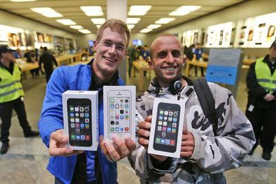 Apple từng giảm giá iPhone 'sốc' nhưng người dùng lại phẫn nộ?