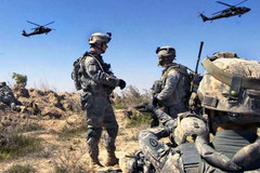 Đáp trả Nga, Mỹ bắt đầu tập trận bất thường ở Syria