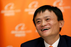 Quyết định chấn động: Jackma rời Alibaba, gạt bỏ chuyện tiền bạc