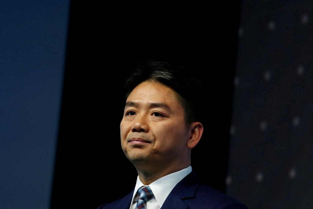 'Siêu vòng 1' phản hồi tin đồn bị tỷ phú Trung Quốc cưỡng dâm