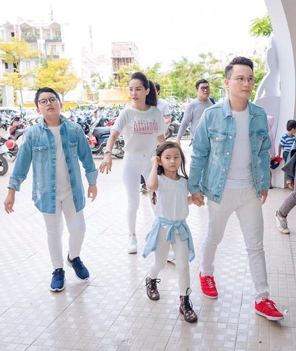 Mẹ con 'Nguyệt thảo mai' Hà Hương hốt hoảng vì động đất