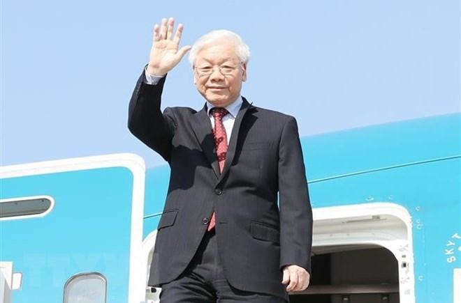 Tổng Bí thư lên đường thăm chính thức Hungary