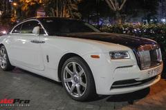Rolls-Royce hai tông màu của đại gia ngành y tế sở hữu cả McLaren và Ferrari