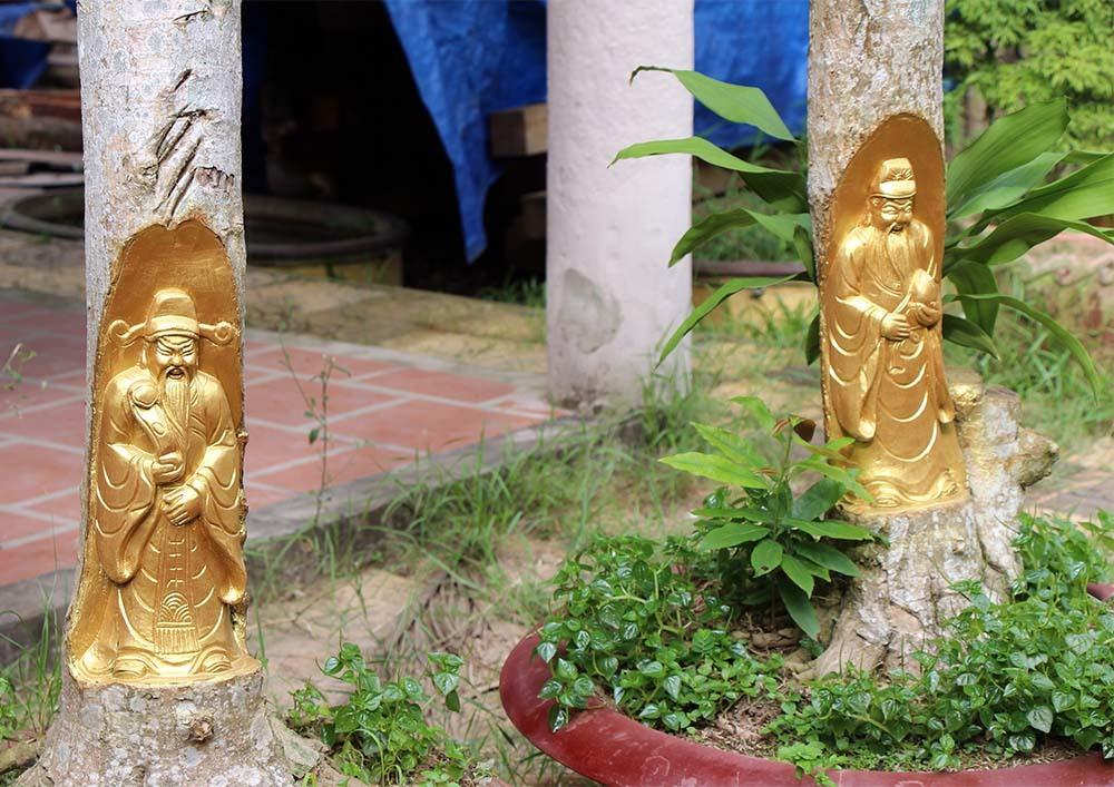 Kỳ lạ miền Tây: Tượng Phật Di Lặc hiện hình trên cây khế già