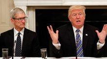 Tổng thống Mỹ Donald Trump: Apple nên chuyển nhà máy sản xuất về Mỹ