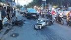 Xe 'điên' tông liên hoàn trên phố Sài Gòn, 3 người trọng thương