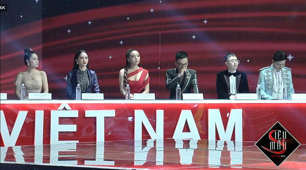 Hương Giang 'đánh bại' Kỳ Duyên ở Siêu mẫu Việt Nam