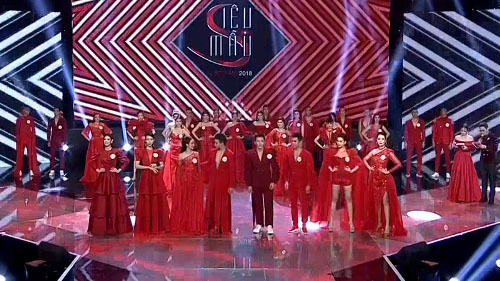 BST Ladies n men in red của NTK Hà Duy