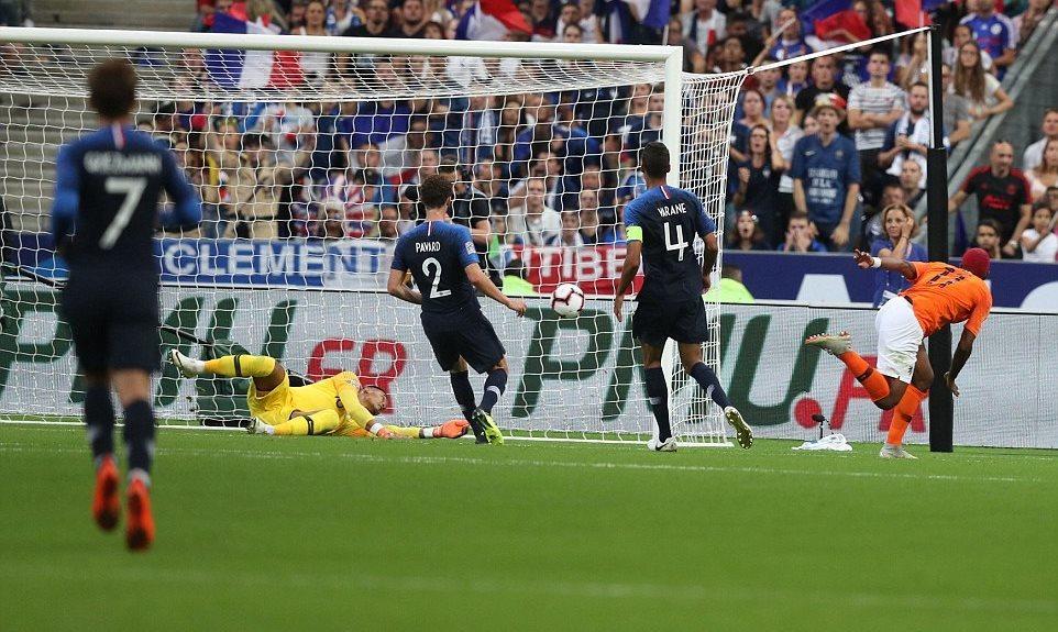 Mbappe và Giroud giúp Pháp thắng nghẹt thở Hà Lan