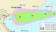 Áp thấp gần Biển Đông, khả năng mạnh thành bão số 5