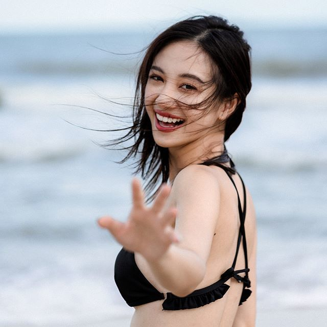 Lột xác nóng bỏng, 'hot girl trà sữa Việt' được tung hô trên mạng xã hội Hàn