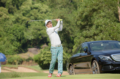 Sao Việt chơi golf, quyên góp 1,4 tỷ đồng mổ tim cho bệnh nhi nghèo