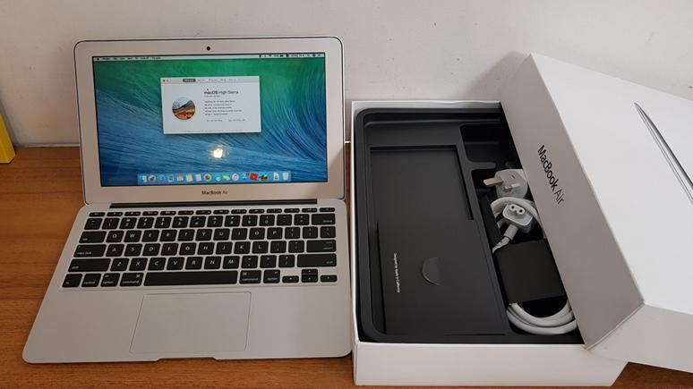 Giải mã bí ẩn MacBook cũ tại Việt Nam 'đắt giá' hơn laptop mới