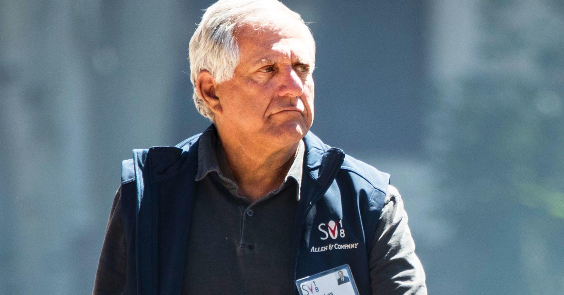 Giám đốc đài truyền hình từ chức vì bị 12 phụ nữ tố xâm hại tình dục