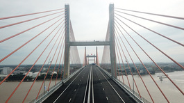 Sân bay Vân Đồn, cầu Bạch Đằng: 2 tỷ USD và chuyện chỉ có ở Quảng Ninh