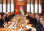 Nâng quan hệ Việt Nam-Hungary lên Đối tác toàn diện