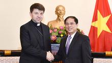 Việt Nam tôn trọng và bảo đảm quyền tự do tín ngưỡng tôn giáo
