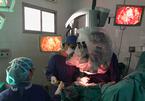 Cuộc hồi sinh kỳ diệu của bé trai 2 lần bị bệnh viện trả về