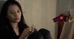 'Quỳnh búp bê' tập 10: Chủ chứa chặt ngón tay con trai Quỳnh ép cô tiếp khách